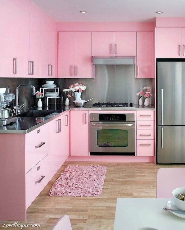 All Pink Kitchen girly pink home kitchen decorate ideas
