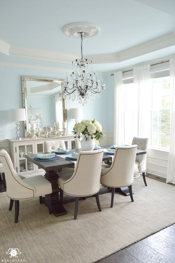 7 Small Bedroom Designs By Professional Experts: Do You Know How To Decorate Your Dining Room Like An