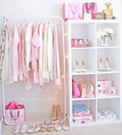 Girly Pink Nursery Decor: Girly Bedroom Decorating Ideas