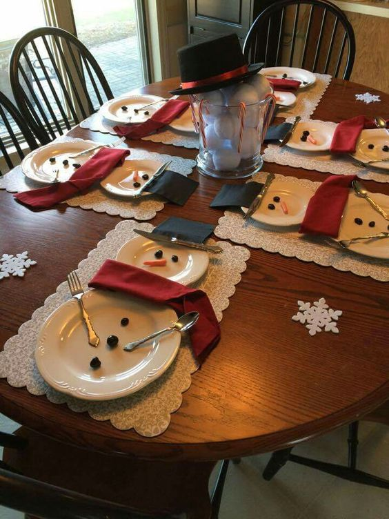 50 christmas table decoration ideas settings and centerpieces for christmas table - Diy Christmas Table Decorations