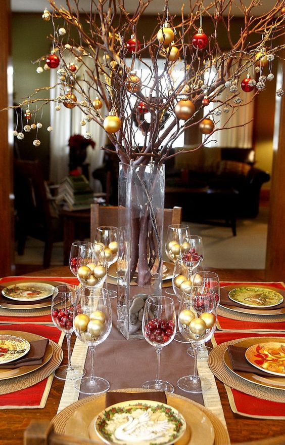 50 christmas table decoration ideas settings and centerpieces for christmas table - Christmas Table Decorations Centerpieces